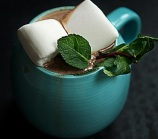 Hot chocolate with mint and marshmallows