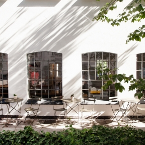 Kinfolk_City-Guide_Coffee-Collective-1