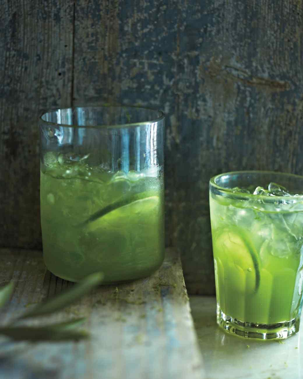 green-spritzer-051-mbd109404_vert