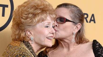 debbie-reynolds-carrie-fisher-sag-awards-ap-640x480