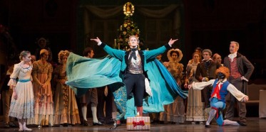 Gary-Avis-as-Drosselmeyer-in-Royal-Ballets-The-Nutcracker-c-ROH-Bill-Cooper-2012 - Edited.jpg