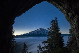 Cave-near-Mt-Jefferson